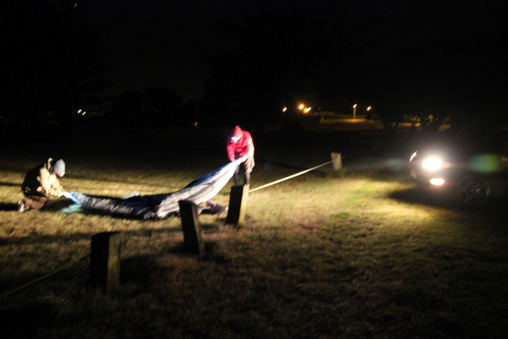 3 Uhr nachts Zeltaufbau