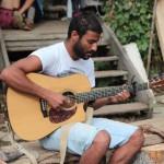 Ein Gitarrenspieler.