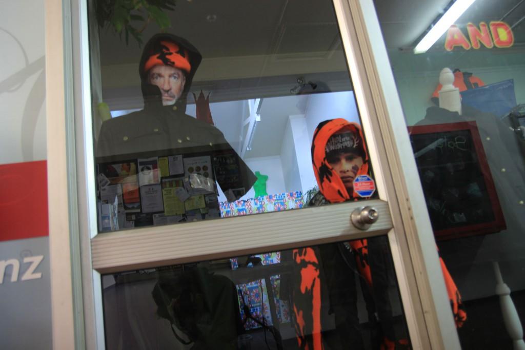 """""""Wir sind Schaufensterpuppen!"""""""