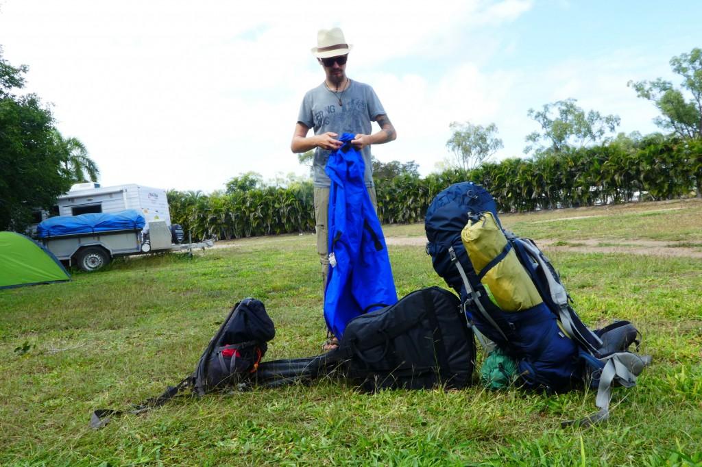 Die Léabilder beginnen: Zelt einpacken, olé!